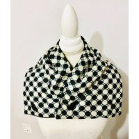 black_and_white_ball_ankara_neck_wrap_1