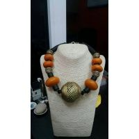 african_amber_and_bronze_necklace_1