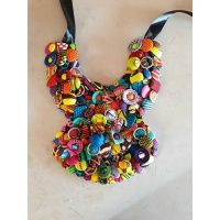 button_necklace
